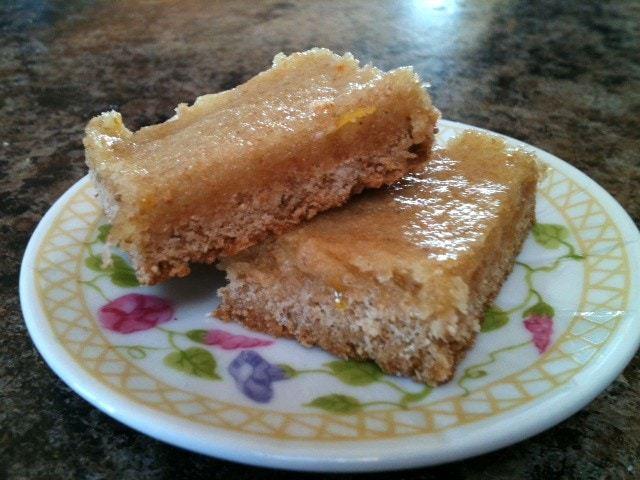 Classic Lemon Bars {Gluten Free} - @TheFitCookie #recipe #glutenfree