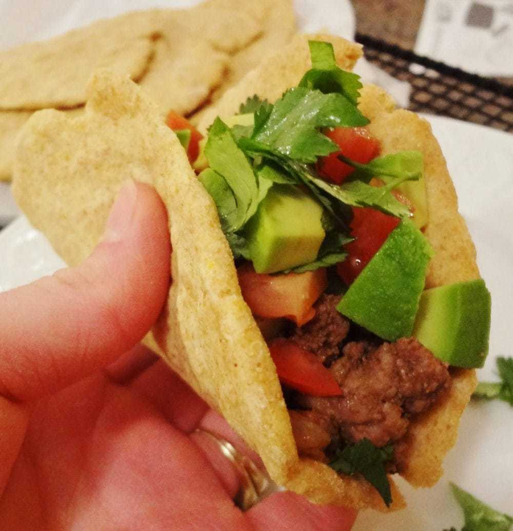 Served with our favorite homemade gluten free flatbread, these Healthy Beef Soft Tacos are a quick and healthy weeknight dinner recipe that's a hit with everyone in our family! - @TheFitCookie #glutenfree #dairyfree