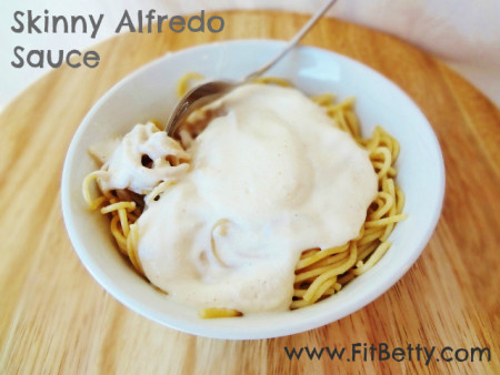Heart Healthy Recipe Roundup: Skinny Alfredo Sauce - FitBetty.com #recipe #healthy