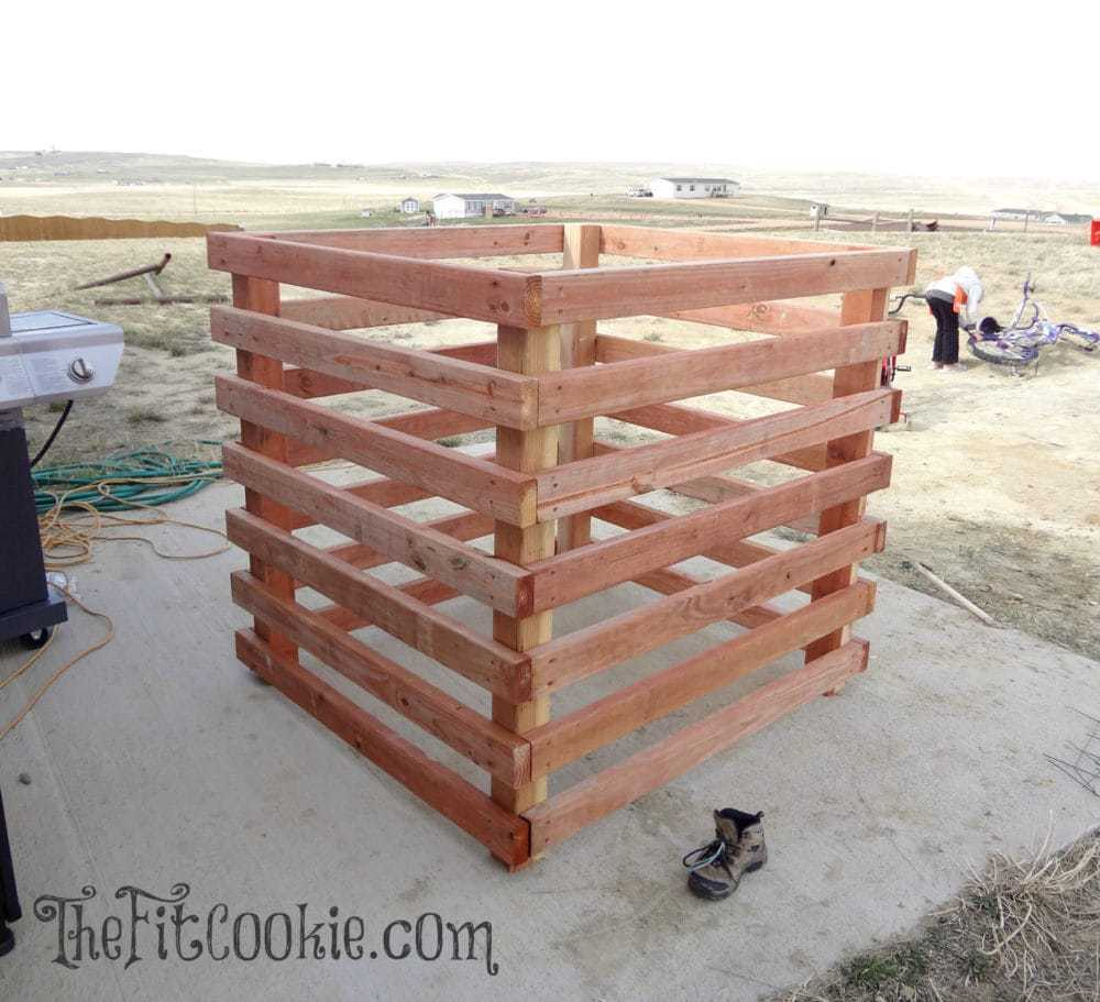 Diy Compost Bin Trash Can: Build A Compost Bin: Tutorial And Video €� The Fit Cookie