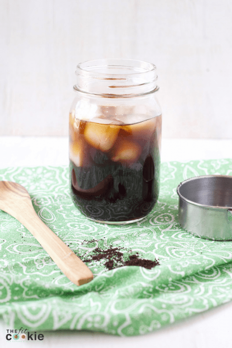 glass jar of cold brew coffee and ice