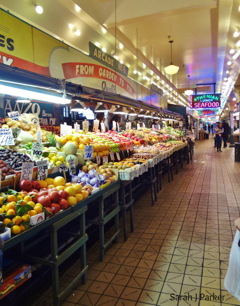 A new installment of The Fit Cookie Travels! Photos from our recent trip to Seattle and my favorite place: Pike Place Market