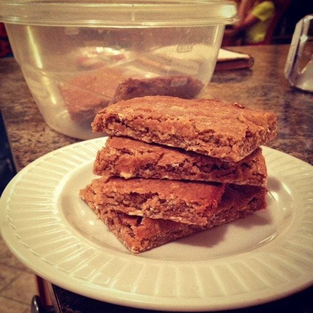 What's Cooking? Foodie Favorites & Recipes: Protein Granola Bars - TheFitCookie.com