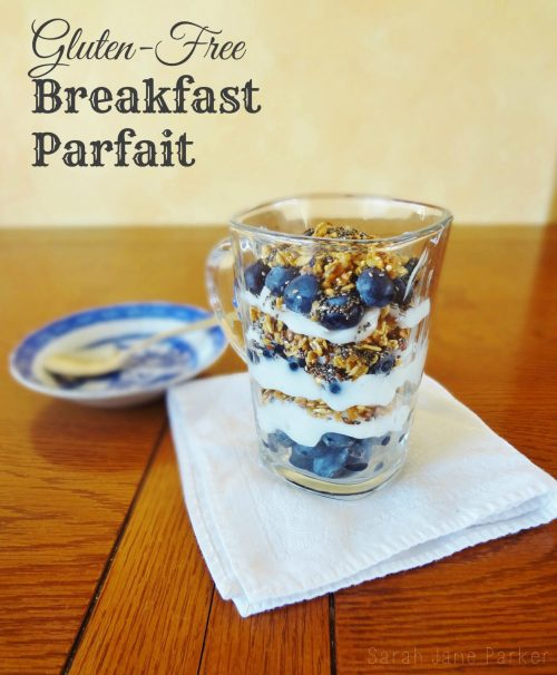 Heart Healthy Recipe Roundup: Gluten Free Breakfast Parfait - FitBetty.com #recipe #healthy