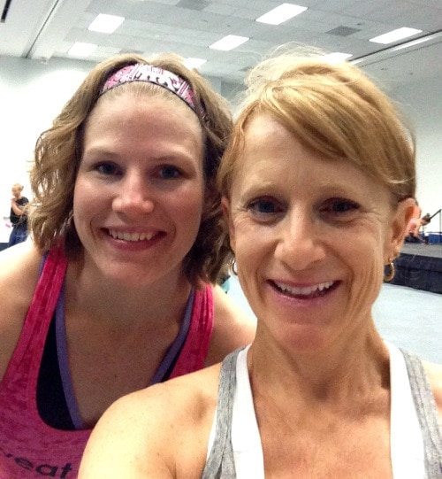 Friends at IDEA World & BlogFest - @Fit_Betty #IDEAWorld #BlogFest #SweatPink