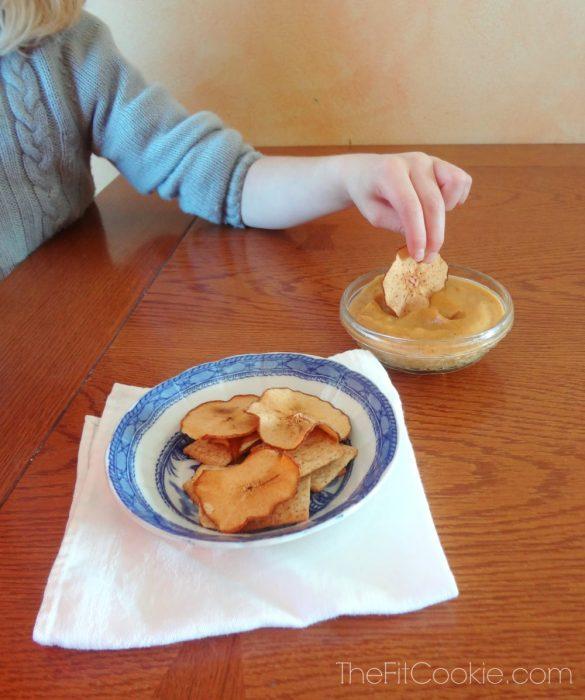 Pear Chips with Pumpkin Dip {Recipe Redux} - @TheFitCookie #reciperedux #recipe #vegan #pumpkin #fall