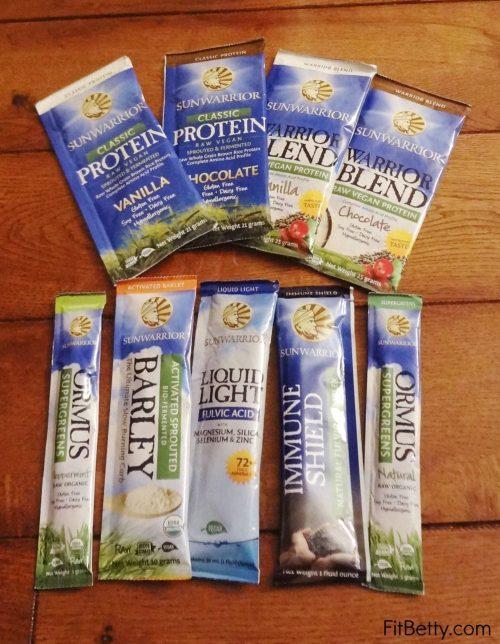 Chocolate Thin Mint Protein Shake - @Fit_Betty @TheFitCookie #recipe @SunWarrior #vegan #glutenfree