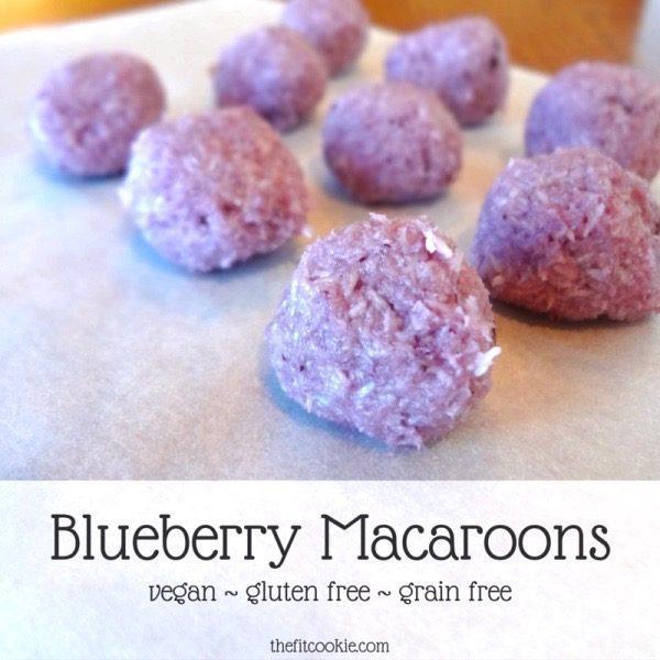 Recipe ReDux: Blueberry Macaroons - @TheFitCookie #grainfree #vegan #RecipeRedux #paleo