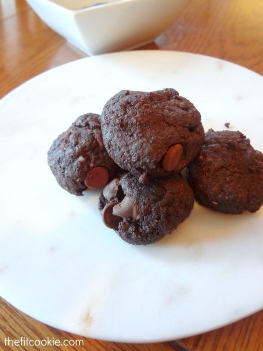 Yum...Double Chocolate Brownie Cookies - #glutenfree #vegan & delicious! - @TheFitCookie @NOWFoods #recipe #cookies