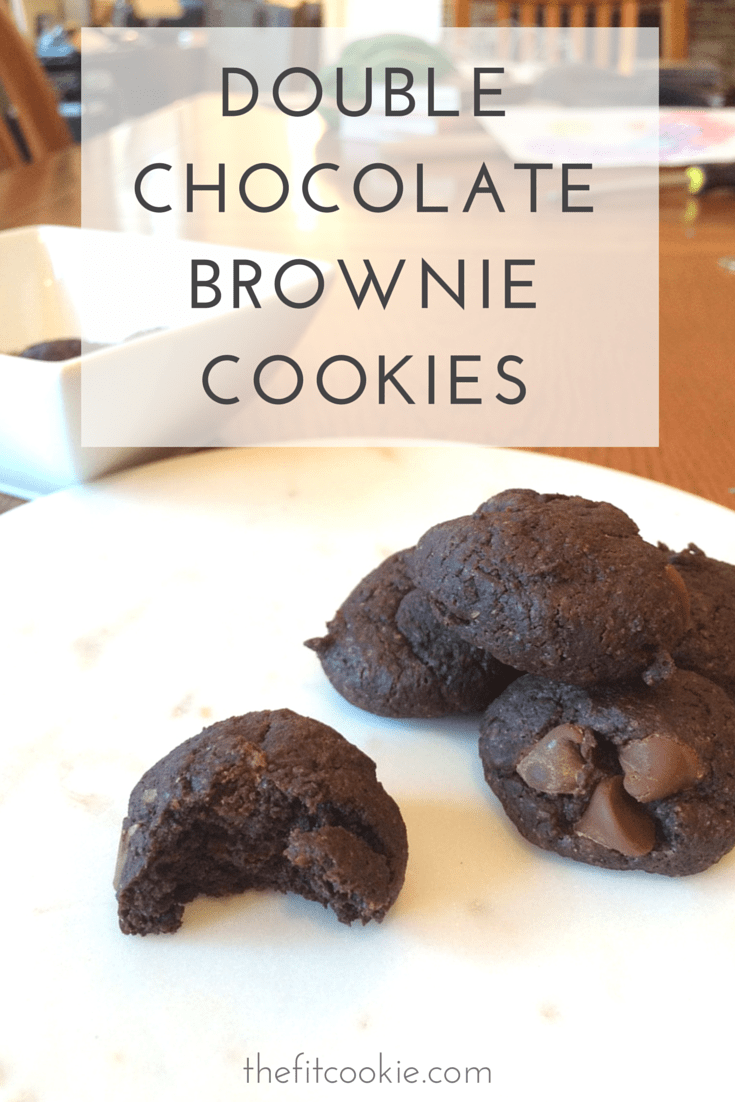 Craving some brownies but don't want to wait so long to bake them? Make these gluten free and vegan Chocolate Chip Brookies (brownie cookies) for a quick chocolate treat that's easy to make - @TheFitCookie #cookies #glutenfree #vegan