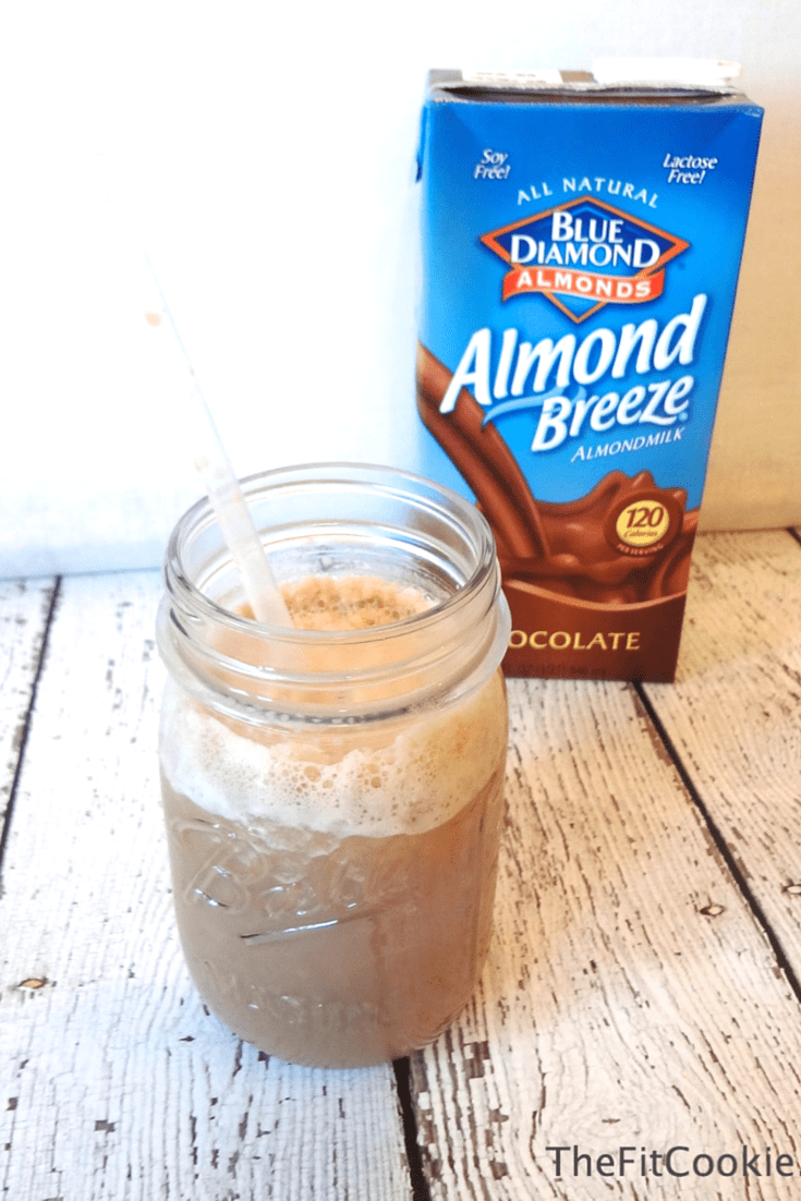 Refreshing and Easy Mocha Freeze with @AlmondBreeze {AD} #recipe #glutenfree #vegan @TheFitCookie