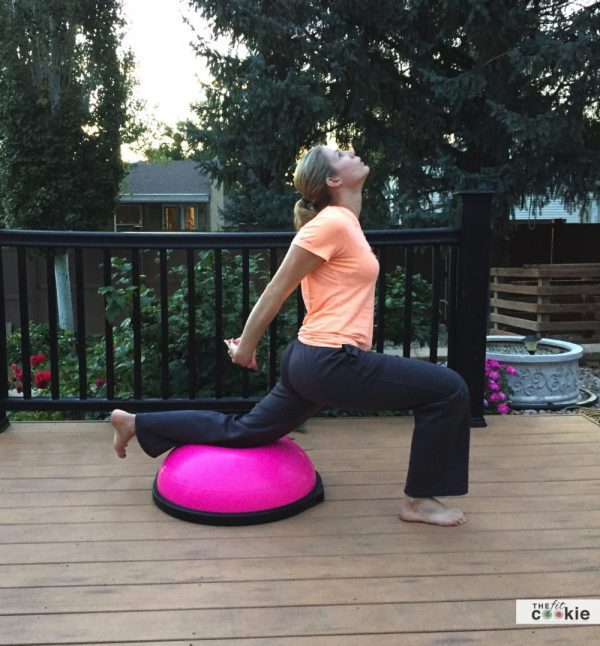 6 BOSU Strength and Stretch Exercises - #ad #BOSUstrong @bosufitness #fitness #sweatpink @FitApproach