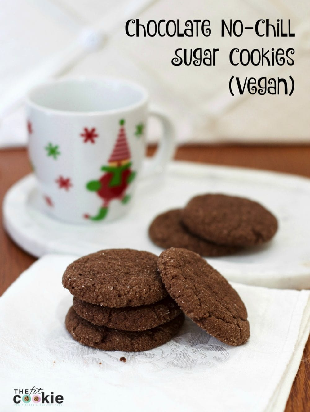 Chocolate No-Chill Vegan Sugar Cookies: quick and easy to make - #recipe #vegan @thefitcookie