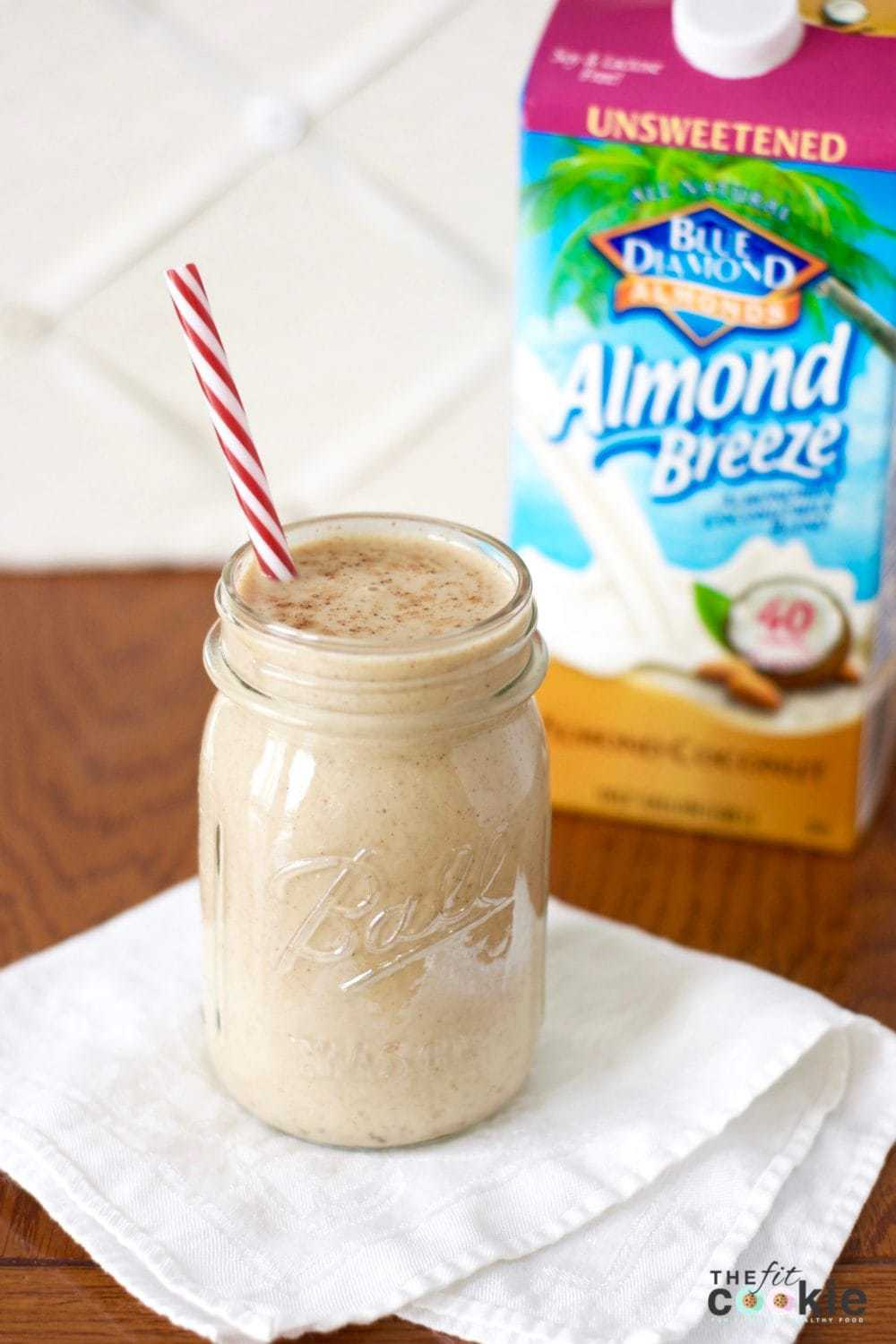Creamy and delicious, you'll never know that this Eggnog Protein Shake is #healthy and #vegan! #ad @bluediamond @thefitcookie #glutenfree #smoothie