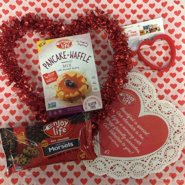 Enjoy Life Valentine's Day #Giveaway! - @thefitcookie #SweetFreely @EnjoyLifeFoods #ad #glutenfree #allergyfriendly