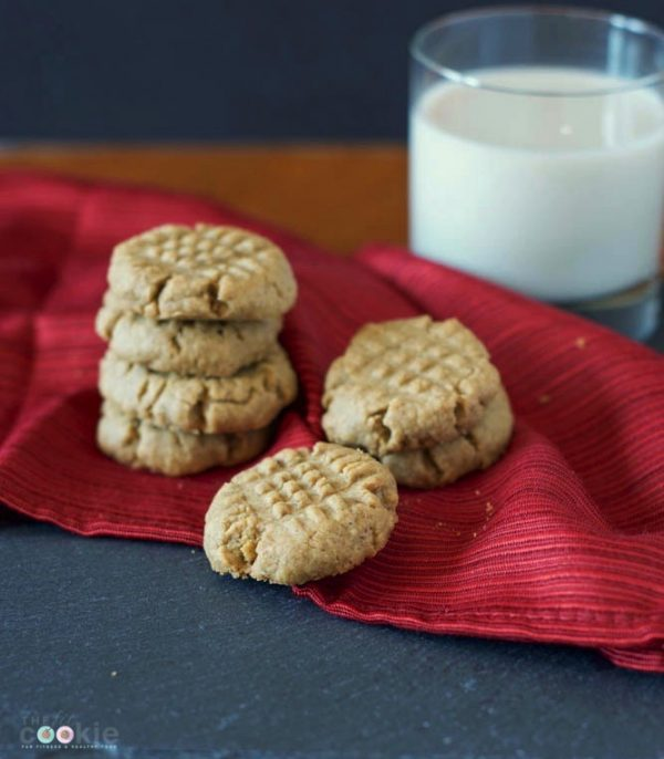 60 Gluten Free and Dairy Free Christmas Cookies: Gluten Free SunButter Cookies by The Fit Cookie #glutenfree