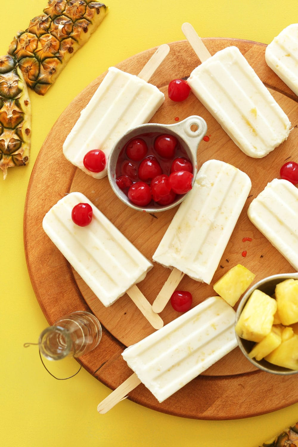 5-ingredient Pina Colada Pops from Minimalist Baker - 10 Best Healthy Food Blogs - @thefitcookie #food #recipes #fitfluential #healthy #allergyfriendly