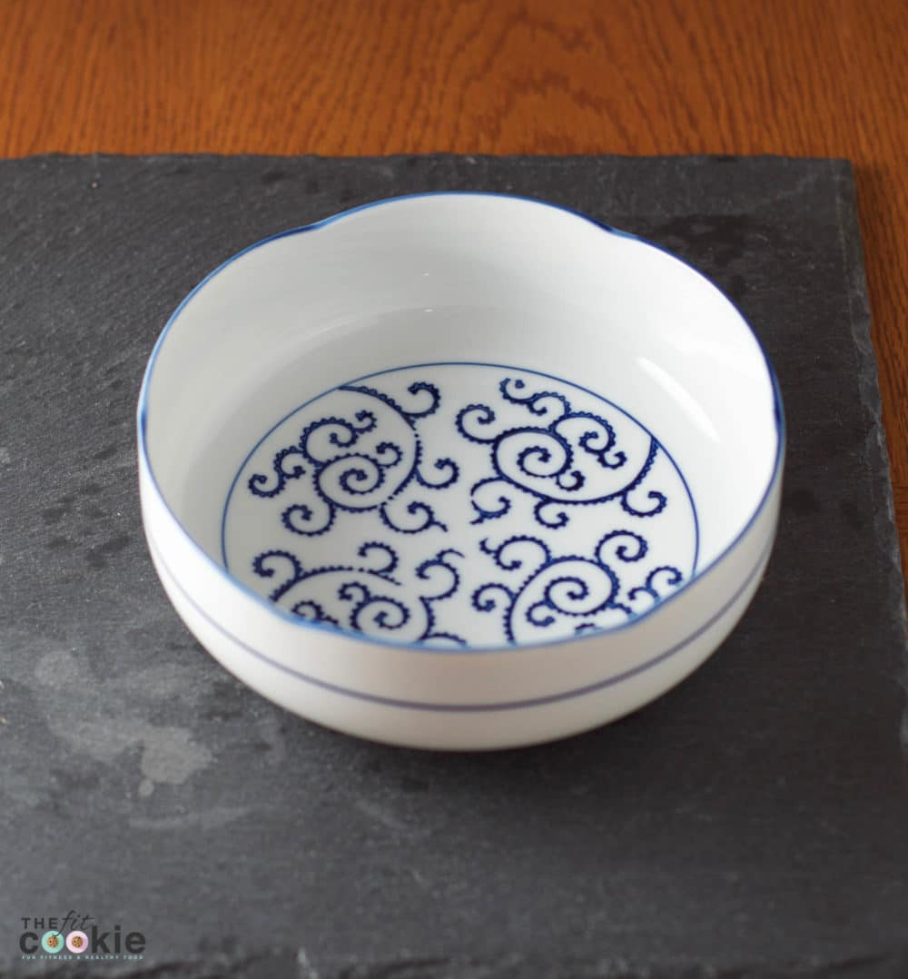 Vintage Japanese bowl - @TheFitCookie