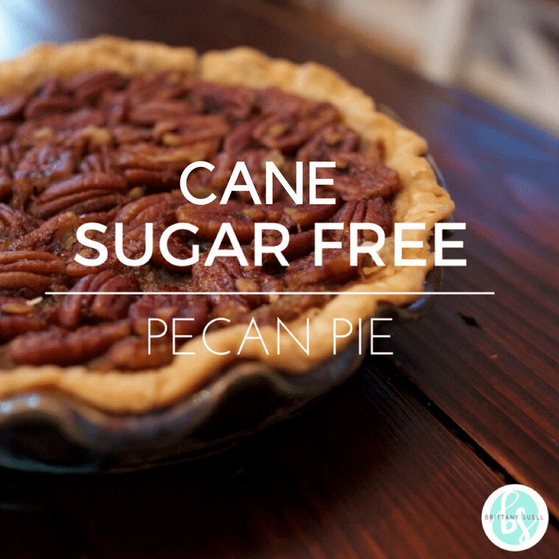 If you're looking for an easy holiday dessert, then check out this Cane Sugar Free Pecan Pie: it's free of refined sugars, dairy free, and has a gluten-free option! @TheFitCookie #pie