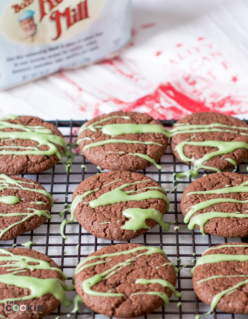 Spread some cheer this season with the gift of baking! These Gluten Free Peppermint Cookies are the perfect way to share small acts of kindness to brighten someone's day. Made with Love, Baked with Bob's - #AD @TheFitCookie #Bakesgiving #glutenfree #vegan
