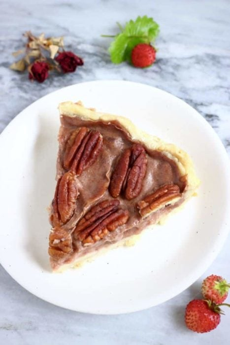 Gluten Free Vegan Pecan Pie (gluten free and vegan, contains nuts) for Thanksgiving or Christmas by Rhian's Recipes