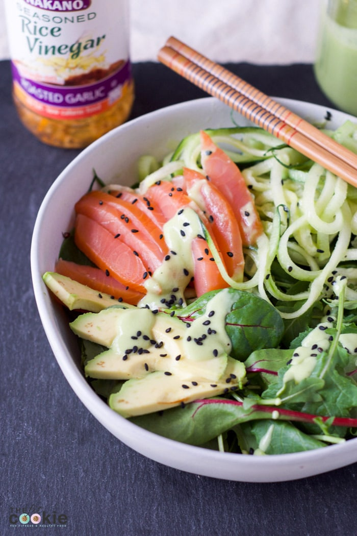 If your goal is to eat better and make healthy food swaps, than this Smoked Salmon Salad with Garlic Rice Vinegar Dressing is for you! This salad is like a delicious sushi bowl filled with healthy fats and veggies, and it's gluten and dairy free - #AD @TheFitCookie #NAKANONewYear #NewYearSwaps #IC #glutenfree #dairyfree