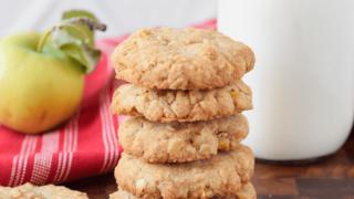 Gluten Free Apple Oatmeal Cookies (Dairy Free)