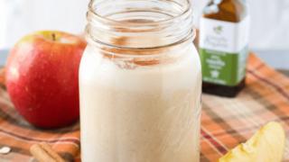 Dairy Free Apple Pie Smoothie (Gluten Free)