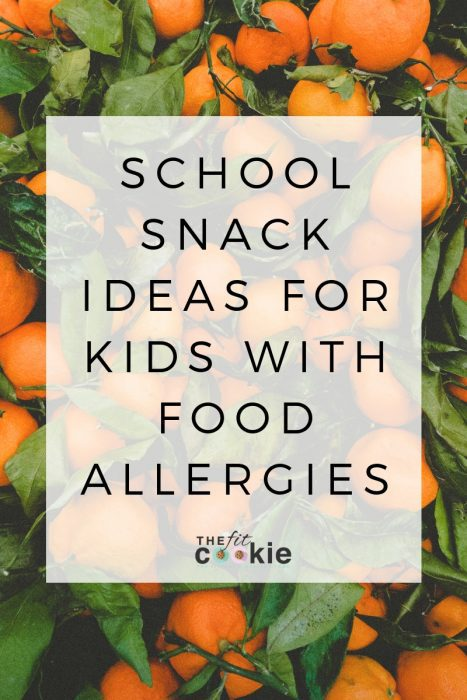 Navigating food allergies with your kids can be tough! Here are some school snack ideas for kids with food allergies from a food allergy mom