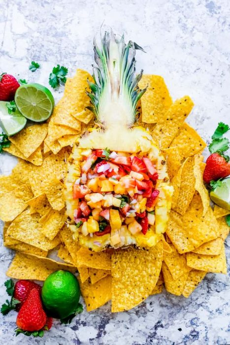 Strawberry Pineapple Salsa - Erhardt's Eat