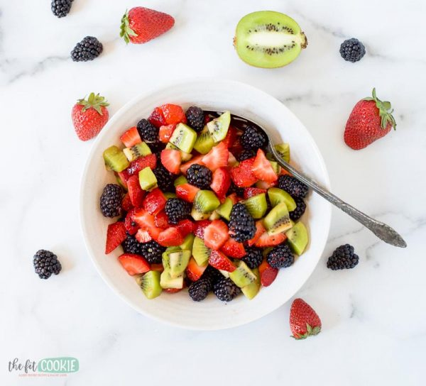 overhead photo of fresh blackberry kiwi salad