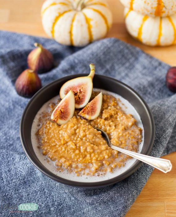 instant pot oatmeal with figs and coconut milk