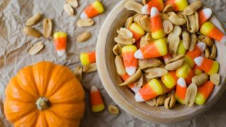 Sweet n' Salty Harvest Snack Mix (contains peanuts)