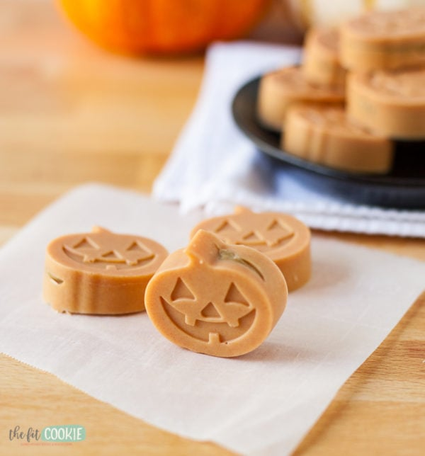 vegan white chocolate pumpkins for halloween