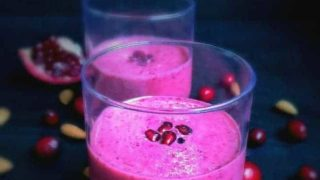 Super Healthy Pomegranate Cranberry Almond Smoothie