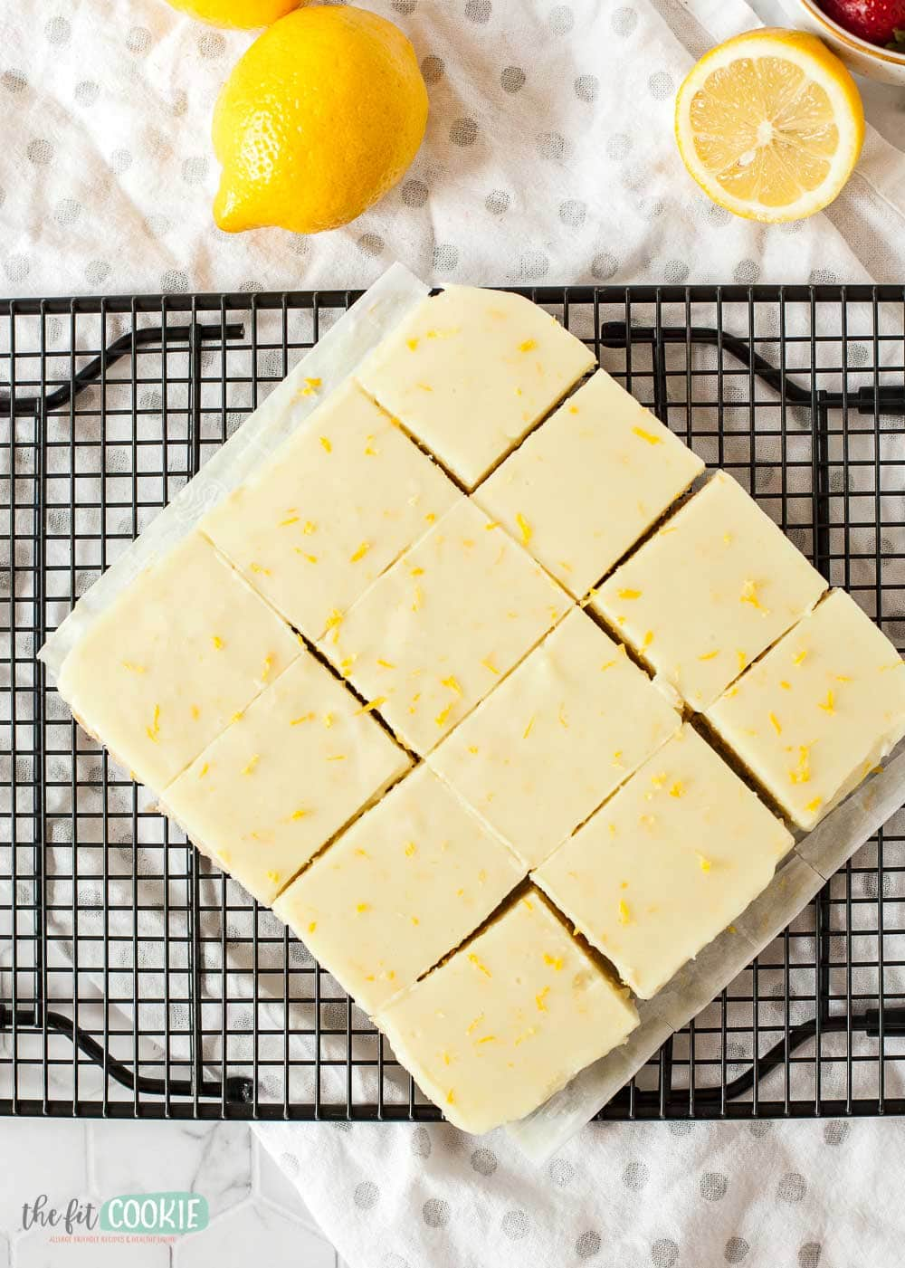 overhead photo of sliced lemon bars