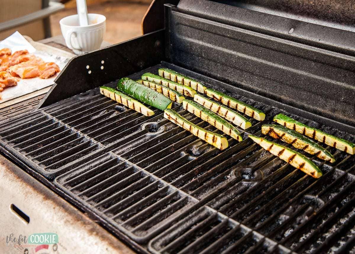 cut zucchini on a grill